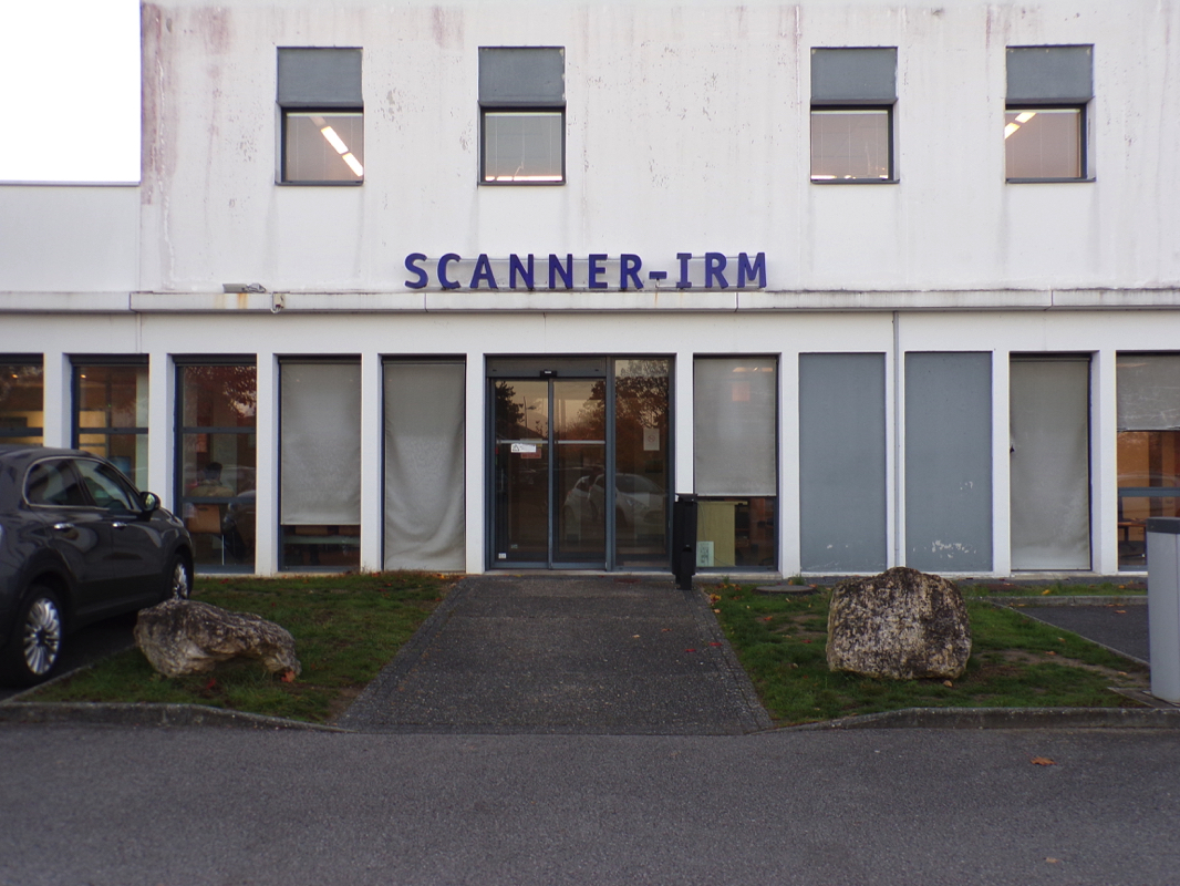 Scanner IRM Poyclinique Poitiers
